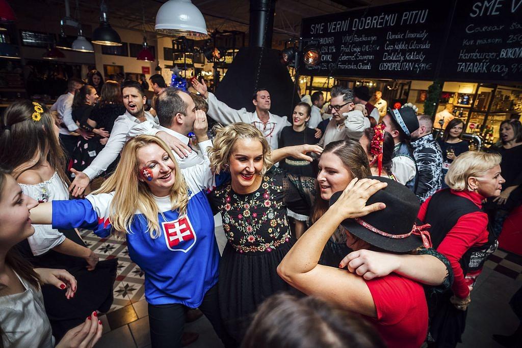 Firemný vianočný večierok, Bratislava - vianočný, večierok - eventovy fotograf
